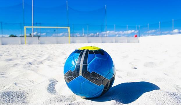 Lale Kupası Plaj Futbolu Turnuvası başladı
