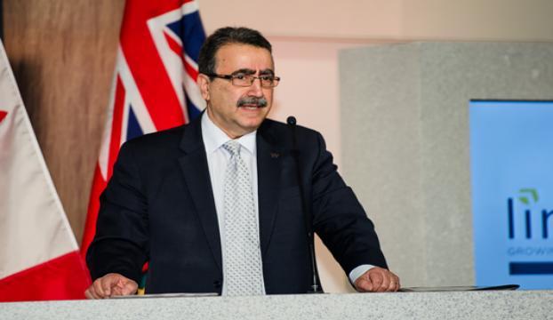 Prof. Dr. Hamdullahpura Türkiye Cumhuriyeti Liyakat Nişanı verildi