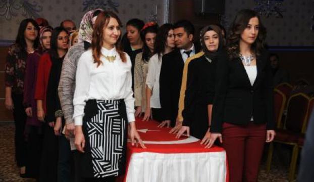 Pursaklarda Öğretmenler Günü kutlandı