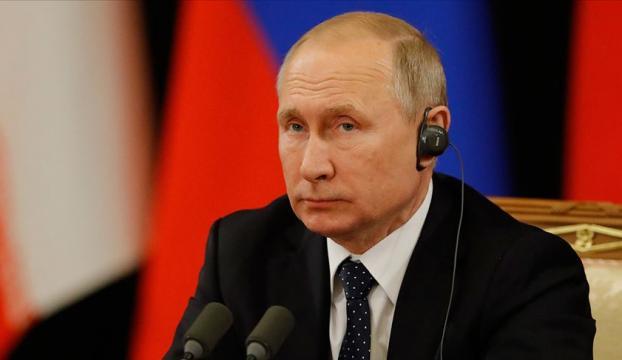 Putin: Gündemimizde S-400lerin sevkiyatının tamamlanması var