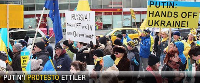 Putin'e Toronto'da protesto