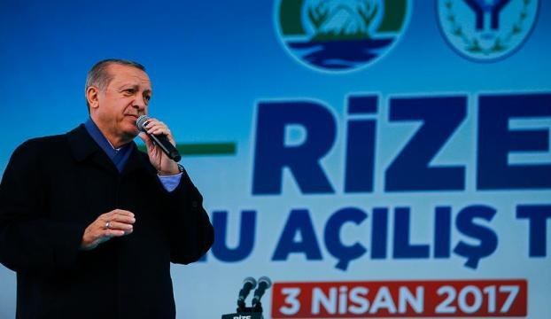 Erdoğan: Hainlerin tuzaklarını başlarına geçirmeye devam edeceğiz