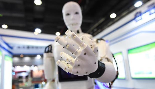 Kuveyt Türkten meraklı kaşiflere kodlama ve robotik eğitimi