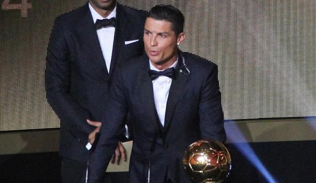 Altın Top Ödülü, 4. kez Ronaldonun