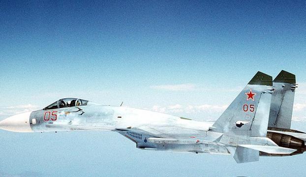 Rus ve ABD uçakları Karadenizde karşı karşıya geldi