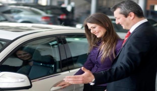 ABDde düşen petrol fiyatları araba satışlarını artırdı