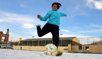 Kadın futbolunun emektarı Saniye Doğan