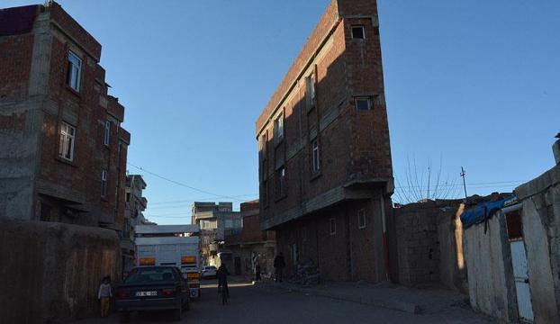 Şanlıurfadaki ilginç bina Suriyelilere ev oldu