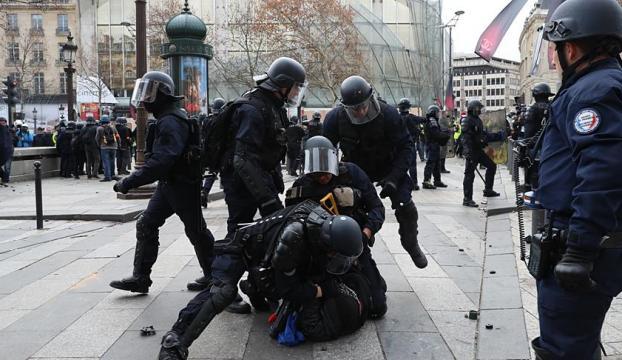 Fransadaki gösterilerde 4 bin 99 gözaltı