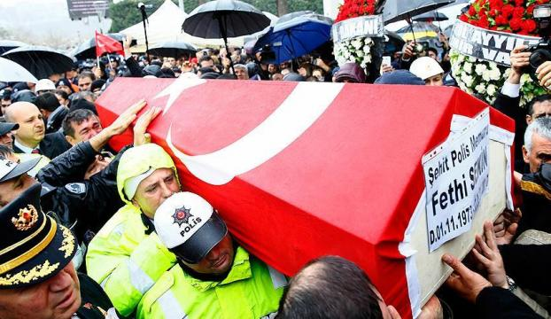 İzmir şehitlerinin adı okullarda yaşatılacak