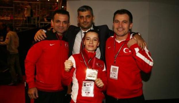 Serap Özçelik dünya şampiyonu!