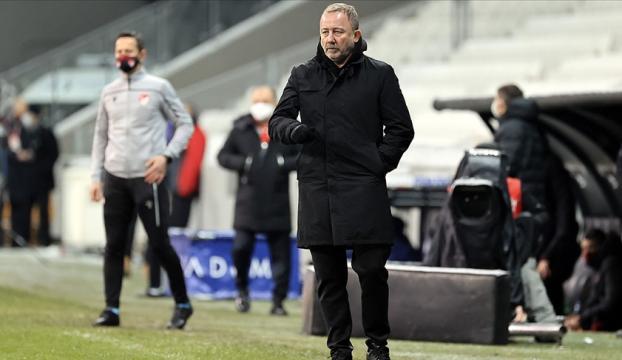 Beşiktaşta Sergen Yalçın istikrarı