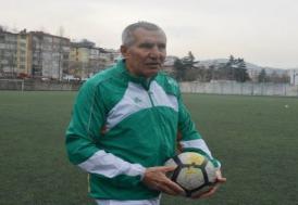 69 yaşında amatör küme takımına transfer oldu