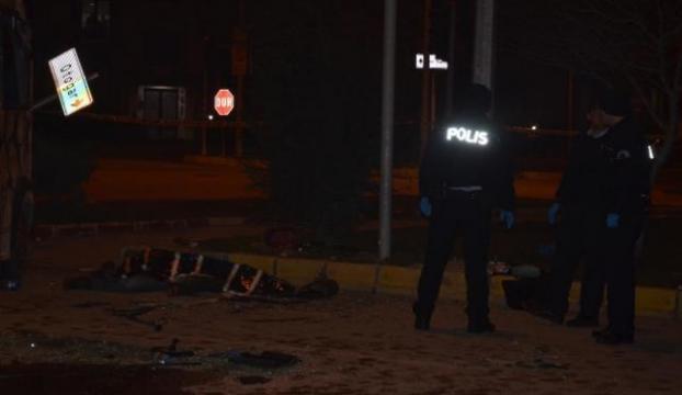 Servis araçları çarpıştı: 1 ölü, 9 yaralı