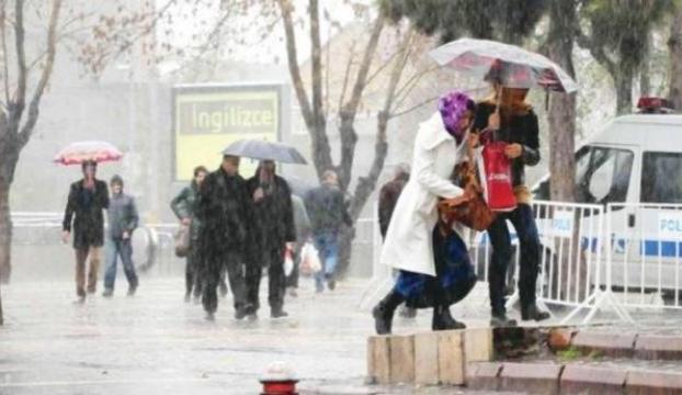 Marmarada çok kuvvetli yağış