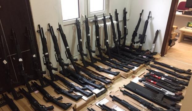 Konyada silah kaçakçılığı operasyonu