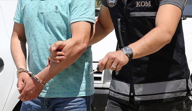 """İstanbulda """"sınav jokerleri""""ne polis baskını"""