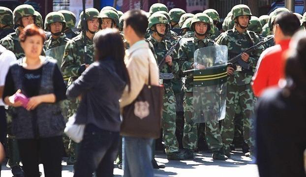 Doğu Türkistanda 5 kişi vurularak öldürüldü