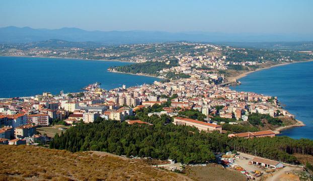 40 bin nüfuslu Sinopa 270 bin araç girişi oldu