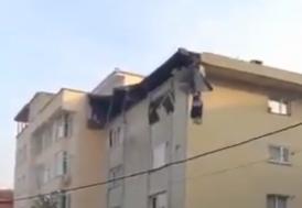 Şişli'de binanın çatısında çökme meydana geldi