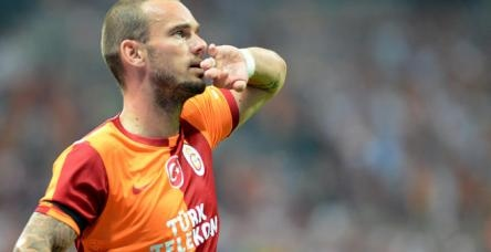 testİşte Sneijder'in golü