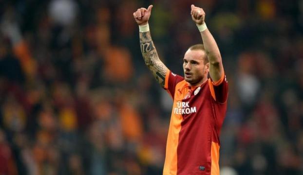 Sneijder iddiaları yalanladı