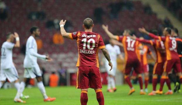 Sneijdere Cosmosdan büyük teklif