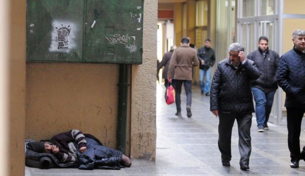 Sokakta yaşayan 800 kişi belediyenin misafiri