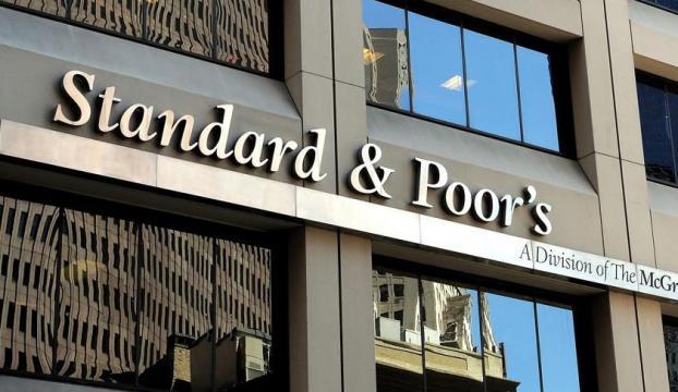 S&P Türkiyenin kredi notunu yükseltti