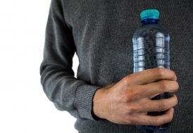 LGS'de değişiklik! Reklamsız pet şişede su serbest!