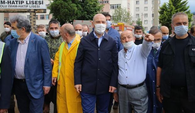 İçişleri Bakanı Soylu: Rizede selden etkilenen 2 kişi hastanede