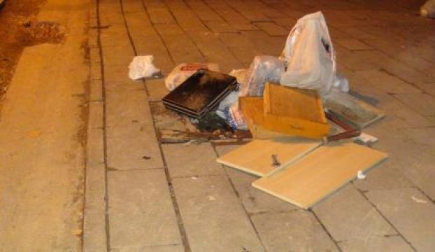 Şüpheli çantaya bomba imha robotu ile müdahale edildi