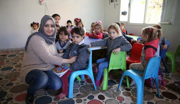 Suriyeli öğrencilerin geleceği için çalışıyorlar