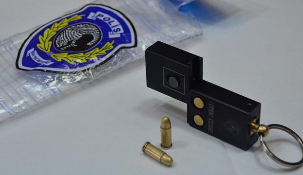 Başkentte ele geçirilen anahtarlık tabanca şaşırttı