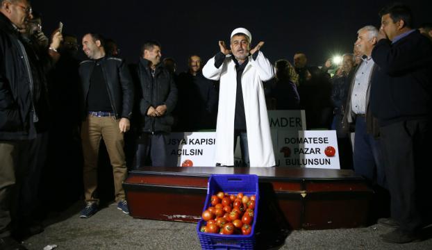 "Antalya Halinde ""tabutlu"" protesto"