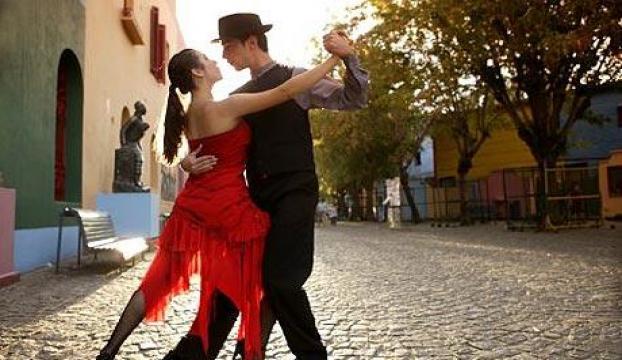 """Antalyada """"vals, tango ve opera gecesi"""" yaşanacak"""