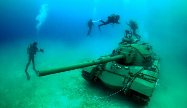 45 tonluk tank Güvercin Adasına taşındı