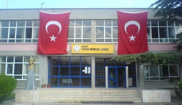 Okul camiye çevrilemeyecek