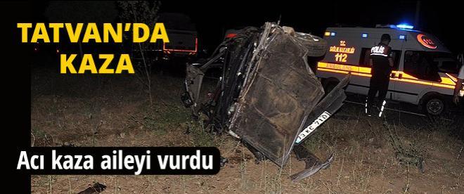 Tatvan'da kaza aileyi yok etti