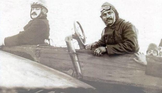 İlk Türk pilotlarından Tayyareci Fethi Bey anıldı