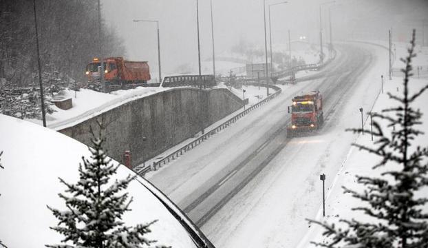 TEM trafiğe açıldı, çok sayıda trafik kazası meydana geldi