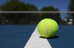 Milli tenisçi Çağla Büyükakçay, İsviçre'de çeyrek finale yükseldi