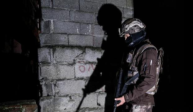 Mersinde terör operasyonu: 17 gözaltı