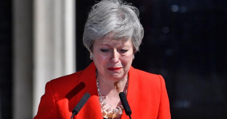 Theresa May istifa edeceği günü duyurdu!
