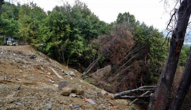 Endonezyada toprak kayması