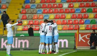 Trabzon Kasımpaşa'yı mağlup etti