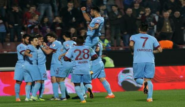 Trabzonspor 2 - Manisaspor: 0 (İlk Yarı)