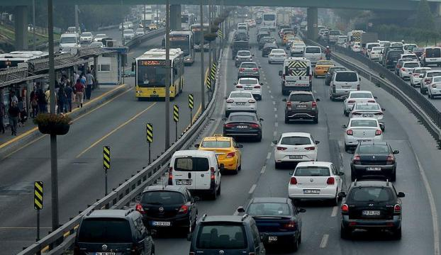 Trafiğe kayıtlı araç sayısı 22 milyonu geçti