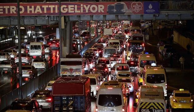 Türkiyede 2020 yılında trafiğe yaklaşık 1 milyon 39 bin yeni araç çıktı