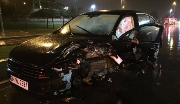 Pendikte trafik kazası: 2 yaralı